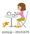 スマホ 女性 コーヒーのイラスト 26101676