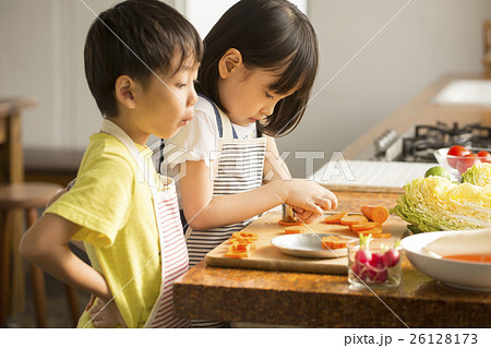 子供 料理イメージ 26128173
