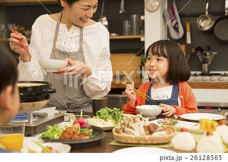 鍋料理 夕食イメージ 26128565