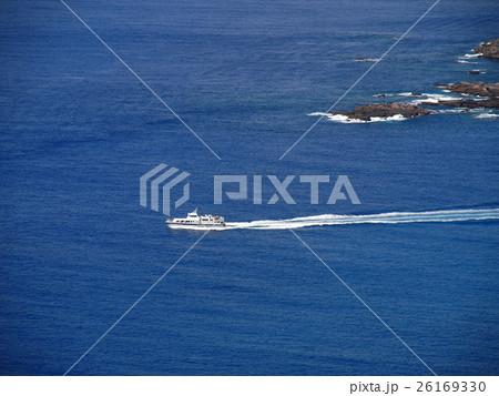 新島と式根島を結ぶ連絡船 26169330