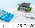住宅図面と家と電卓 26174480