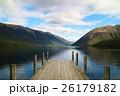 湖 桟橋 山の写真 26179182