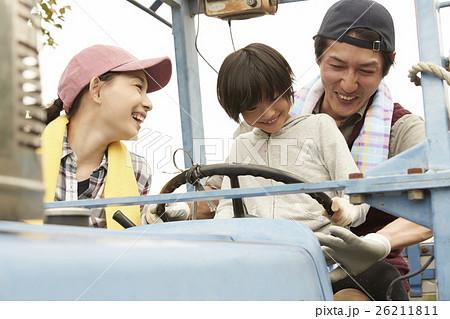 田舎で暮らす家族 移住イメージ 26211811