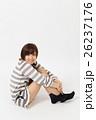 女性 人物 ルームウェアの写真 26237176