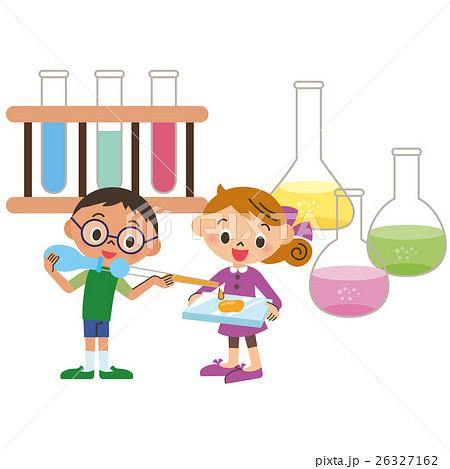 実験をする子供 26327162