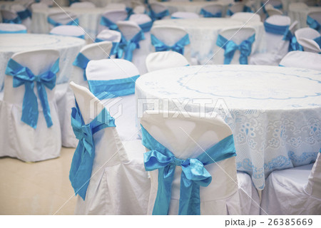 set of tables and chair with blue bowの写真素材 [26385669] - PIXTA