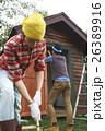 DIYを行う仲間たち 田舎暮らし 26389916