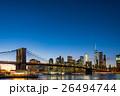 ブルックリン橋とニューヨークの夜景 26494744
