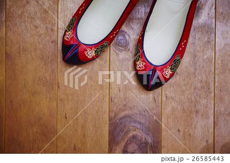 韓国の伝統衣装の靴 26585443