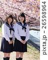 高校生と桜イメージ 26598964