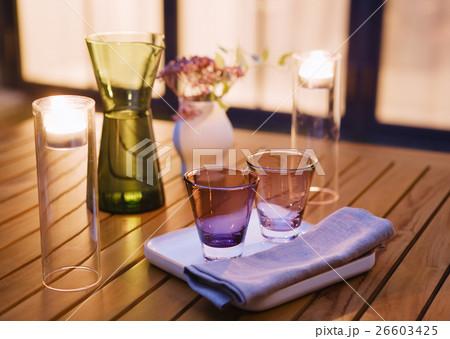 キャンドルとグラスの写真素材 [26603425] - PIXTA