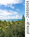 ニューカレドニアの空と海と緑 26680404