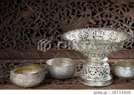 silver tray with pedestal Thaiの写真素材 [26714826] - PIXTA