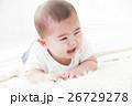 6ヶ月の男の子の赤ちゃん 26729278
