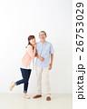 親子イメージ シニア男性・ミドル女性 26753029