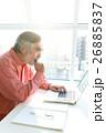 シニア、パソコン操作 26885837