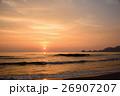 早朝の海 朝焼け 26907207