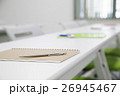 研修 セミナー ビジネス 講習 会議 打ち合わせ オフィス アンケート 会議室 26945467