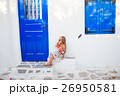 ドア 戸 女の子の写真 26950581