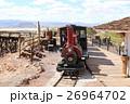 廃坑跡のゴーストタウンを走る蒸気機関車 アメリカ 26964702