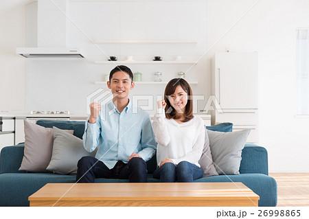 若い夫婦 26998865