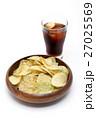 ポテトチップスとコーラ 27025569