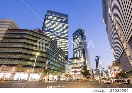 名古屋市中村区名駅 名駅通 都市風景 JPタワー前からミッドランドスクエア方面を望む 夜景 27080592