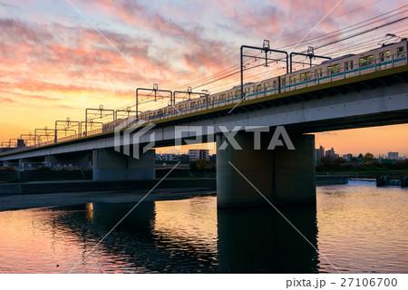 多摩川の高架橋 27106700