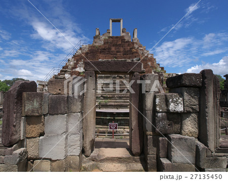 バプーオン寺院 27135450