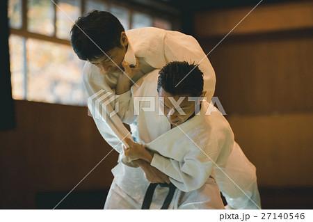 martial artist 27140546