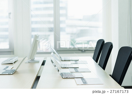 オフィス 27167173