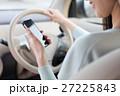 ドライブする女性 27225843