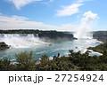 世界三大瀑布のひとつ、ナイアガラの滝の風景 27254924
