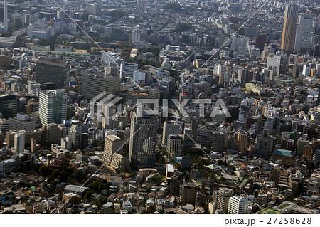 広尾上空から恵比寿駅付近の街並みを空撮 27258628