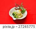 お正月風盛り付けの「お漬け物(白菜、キュウリ)」。 27265775