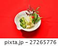 お正月風盛り付けの「お漬け物(白菜、キュウリ)」。 27265776