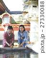 旅を楽しむ女性 太宰府天満宮 手水 27330088
