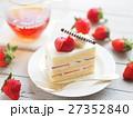 ケーキ ショートケーキ イチゴショートケーキの写真 27352840