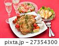 クリスマスディナー クリスマス料理 ローストチキンの写真 27354300