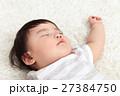 赤ちゃん 人物 寝顔の写真 27384750