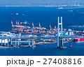 【神奈川県】ベイブリッジと横浜港 27408816