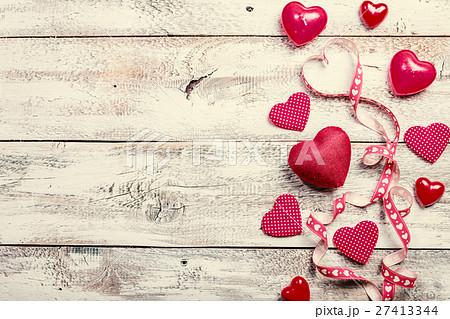 valentines day background with hearts の写真素材 27413344 pixta