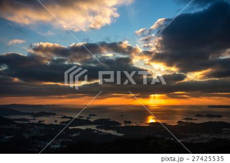 長崎の夕陽 27425535