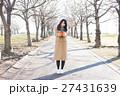 バレンタイン バレンタインデー 女性の写真 27431639