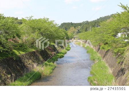京都市右京区京北周山町の風景(弓削川) 27435501