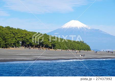 三保の松原と富士山(静岡市) 27437992