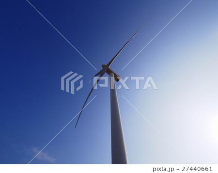 風力発電所の風車 27440661