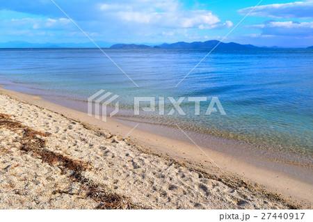 近江舞子の砂浜とエメラルドグリーン 27440917