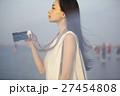 台湾を観光する女性 高美湿地 27454808