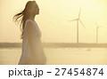 台湾を観光する女性 高美湿地 27454874